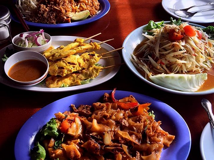 Dishes at Ruen Pair in Thai Town