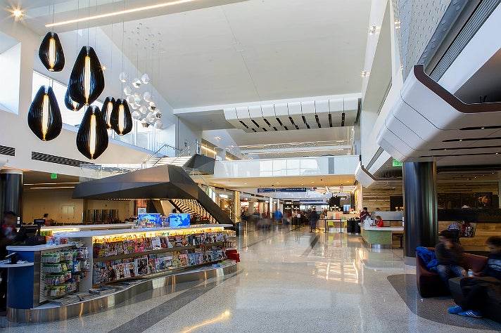 The Strand at LAX Terminal 2