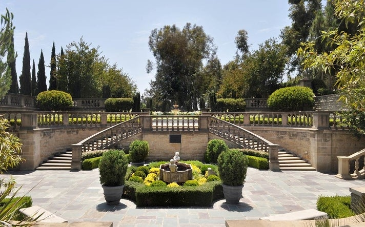 Greystone Mansion & Gardens in Beverly Hills