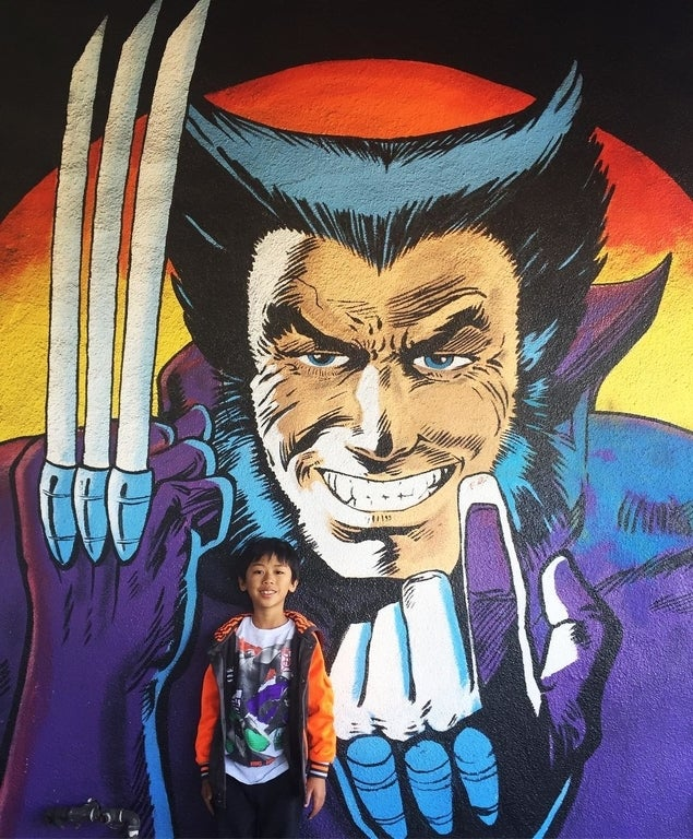 Wolverine mural at Earth-2 Comics Northridge