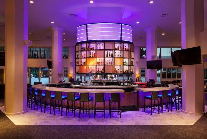 Costero Bar and Bistro at Sheraton Gateway Los Angeles Hotel