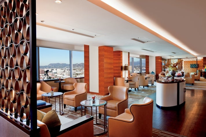 Club Lounge at The Ritz-Carlton, Los Angeles