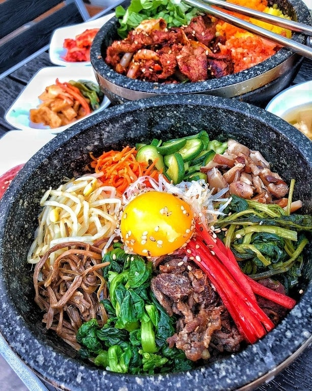 Bulgogi Bibimbap & Spicy Bulgogi Stone Pot at Square Mixx