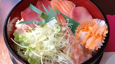 Chirashi bowl at Pisces Sushi
