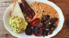 Full English Breakfast at Kitchen Mouse in Highland Park