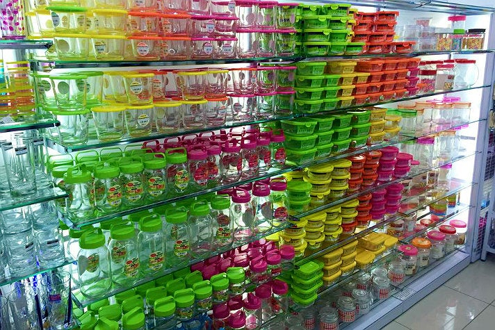 Containers at Daiso Japan
