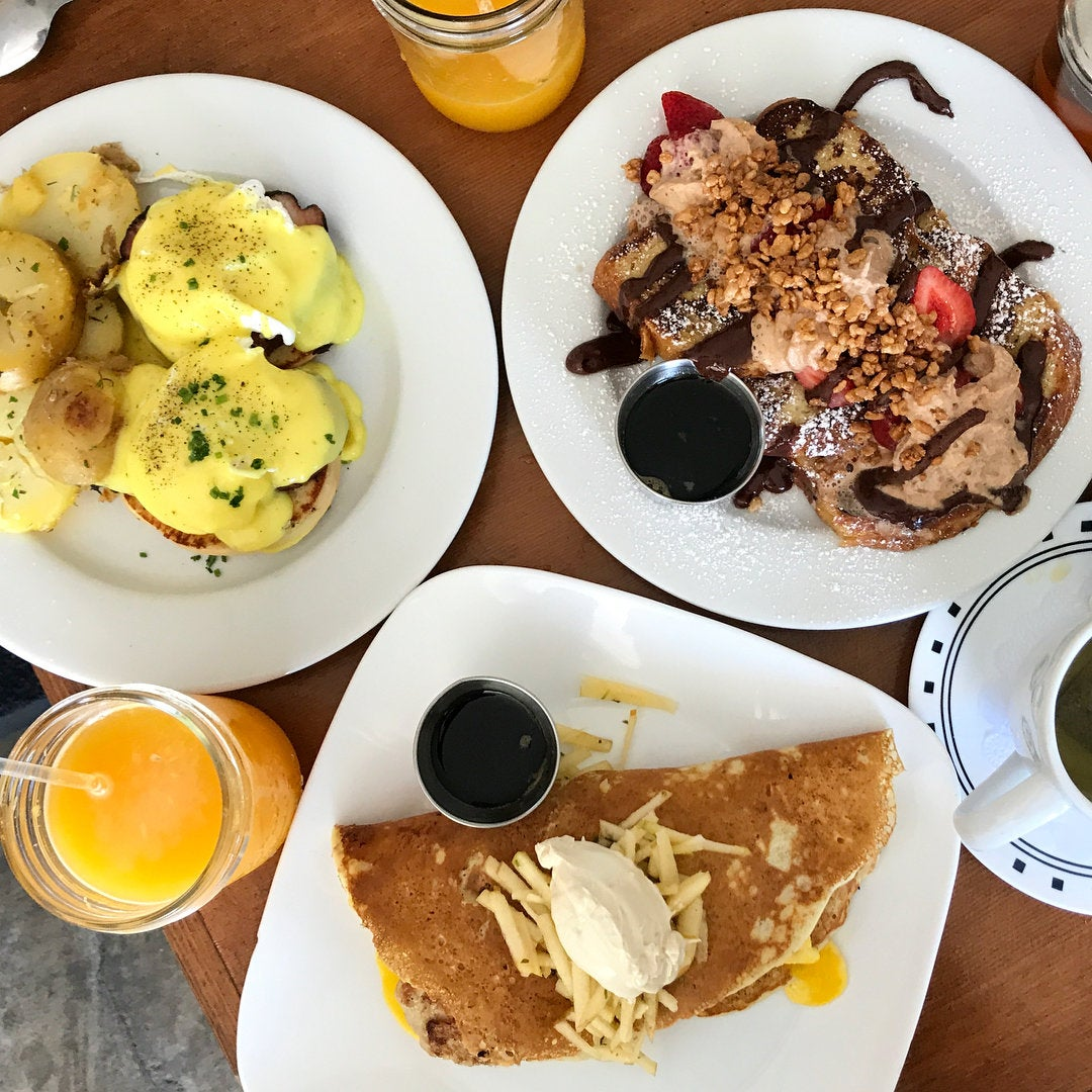 Brunch at Humble Bee Bakery & Café