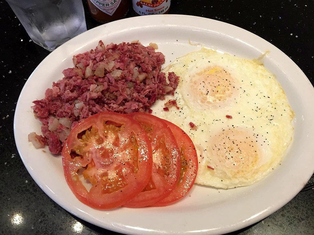 Corned beef hash at Jerry's Deli Studio City