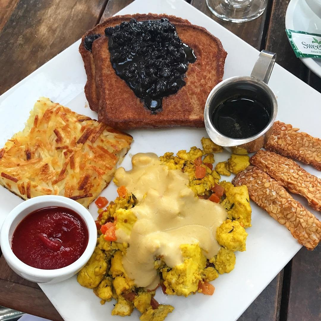 Vegan Brunch at Real Food Daily in Pasadena